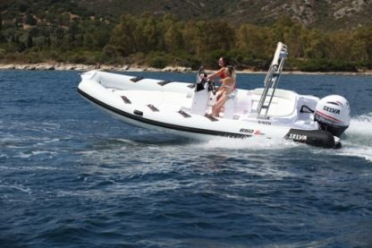 Rental RIB Selva S 650 Ds Family Fréjus