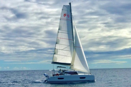 Rental Catamaran Fountaine Pajot ISLA Le Marin