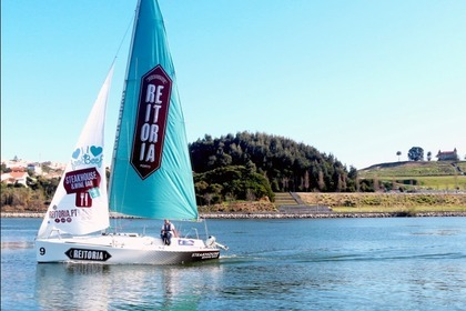 Hire Sailboat Beneteau REITORIA Porto