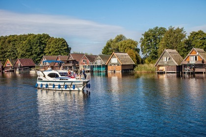 Hire Houseboat Haines 1070 Rechlin