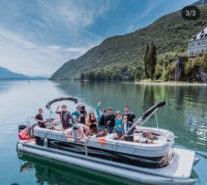 Charter Motorboat Smoker Craft Mirage Aix-les-Bains