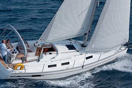 Hire Sailboat BAVARIA 36 HOLIDAY Corfu