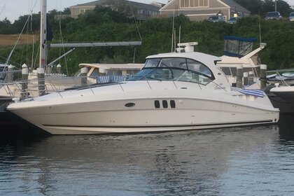 Hire Motorboat SEA RAY 40 Sundancer Fort Lauderdale