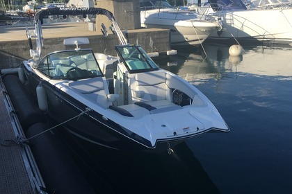 Hire Motorboat Mastercraft X26 Geneva