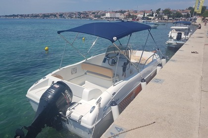 Rental Motorboat Saver 19 Open Novalja