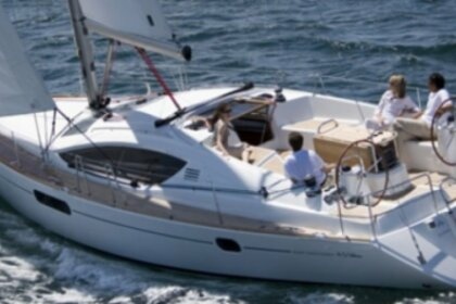 Hire Sailboat Jeanneau SUN ODYSSEY 45 DS Antibes