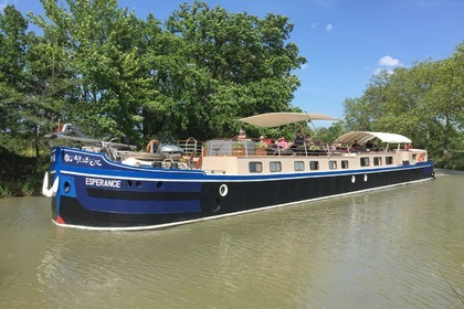 Charter Houseboat Longueil annel canal du midi Capestang