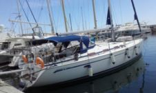 Sailboat Bavaria 43 Cruiser for hire