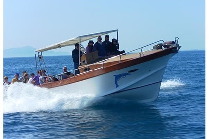 Charter Motorboat Lancia Caprese 10 mt Praiano