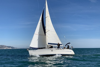 Rental Sailboat Bavaria 34 Cruiser Sitges