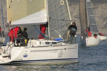 Hire Sailboat Dufour Dufour 34 Bilbao