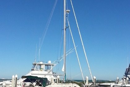 Charter Sailboat Island Packet 370 Miami