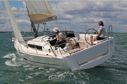 Hire Sailboat Dufour  Dufour 360  Pomer