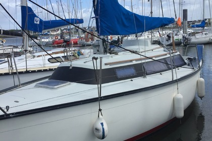 Rental Sailboat DUFOUR 2800 Arzal