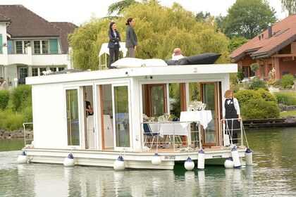 Rental Houseboat Eventfloss Zürichsee Richterswil