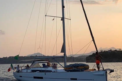 Charter Sailboat Dufour 500 GL Naples