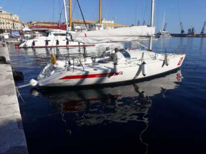 Rental Sailboat Jeanneau One Design 35 Rijeka