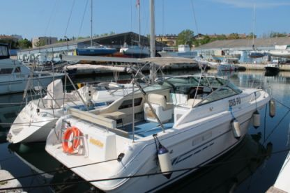Rental Motorboat Sea Ray 280 Weekender Pula
