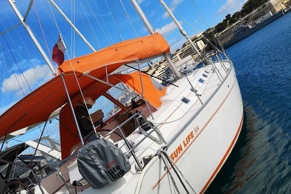 Hire Sailboat BENETEAU CYCLADES 50.4 Ta' Xbiex