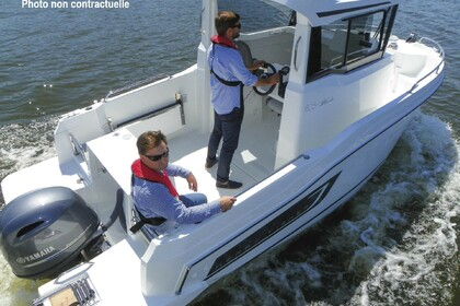 Hire Motorboat Jeanneau MERRY FISHER 605 MARLIN Dives-sur-Mer