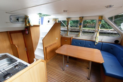 Charter Houseboat Les Canalous Tarpon 32 (Colombiers) Colombiers