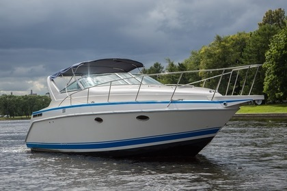 Rental Motorboat Chris Craft Custom Saint Petersburg