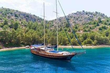 Charter Sailboat Gulet Diva Deniz Marmaris