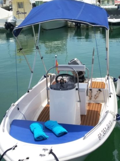 Rental Motorboat Estable 400 Benalmádena