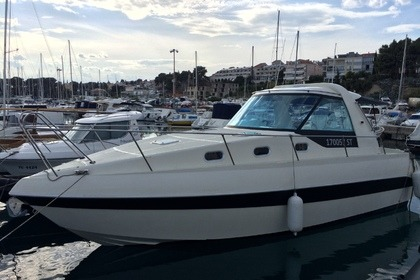 Rental Motorboat Elan Kiim 30 Hard Top Split