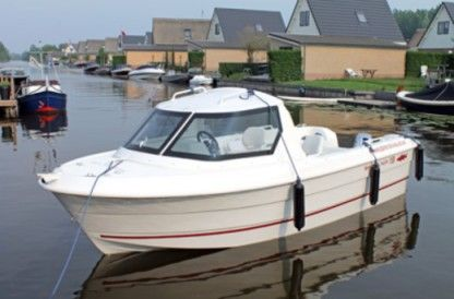 Rental Motorboat Kajuit Boot Breukelen
