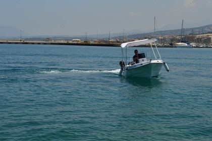 Hire Motorboat Greek Custom 445 Rethymno