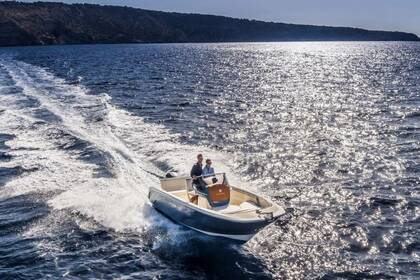 Rental Motorboat Invictus 200FX Sipplingen