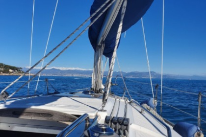 Charter Sailboat Bavaria 30 cruiser Antibes