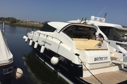 Charter Motorboat Primatist Abbate G46 Olbia