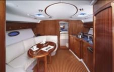Rental Motorboat Bavaria Bavaria 38 Sport Top Novigrad
