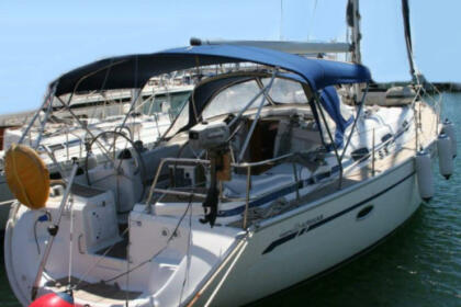 Rental Sailboat Bavaria Bavaria 42 Fezzano
