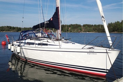 Hire Sailboat Linjett 34 Norrtälje