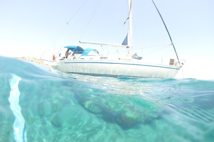 Hire Sailboat Gibsea 422 Athens