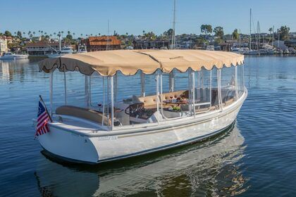Hire Motorboat Duffy 12 Newport Beach