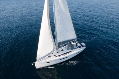 Charter Sailboat More 40 Puntone di Scarlino