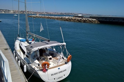Rental Sailboat Bavaria 37 Cruiser Lisbon