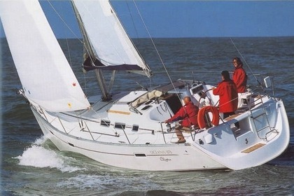 Hire Sailboat Beneteau Oceanis Clipper 373 Orhaniye