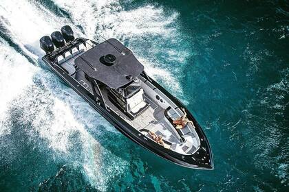 Hire Motorboat Midnight Express 37 Charlotte Amalie