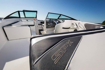 Hire Motorboat SEA RAY 19 SPX Rab