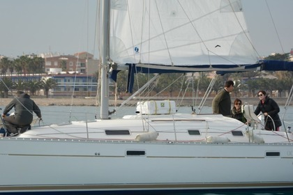 Hire Sailboat Beneteau Oceanis Clipper 331 Benicarló