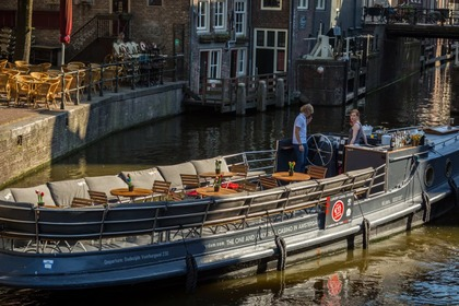 Hire Motorboat custom Luxe Salonboot H.M.S. Friendship Amsterdam