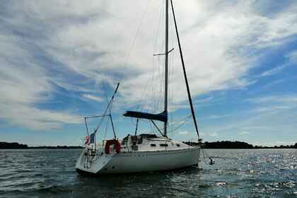 Hire Sailboat Beneteau First 265 Larmor-Baden