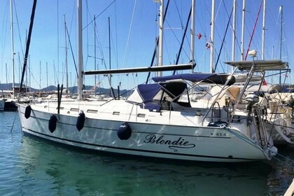 Charter Sailboat Beneteau Cyclades 43.4 Marmaris