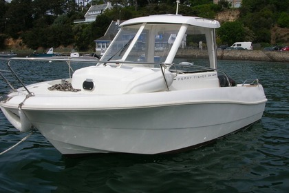 Charter Motorboat Jeanneau Merry Fisher 585 Marlin Arradon
