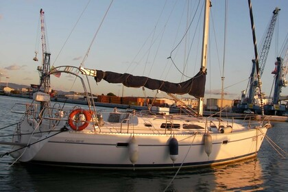 Hire Sailboat Catalina Yachts 400 MK II Trapani